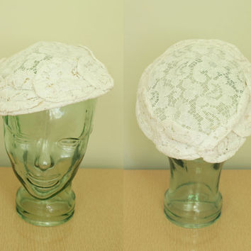 Vintage - 50s/60s - Floral - Crocheted - White Lace - Ladies - Saucer Hat - Bridal - Wedding