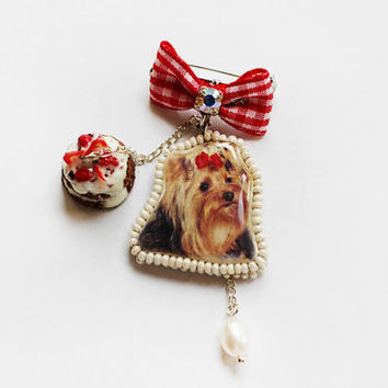 Mini Brooch Yorkshire terrier with Cake and pearls English style OOAK