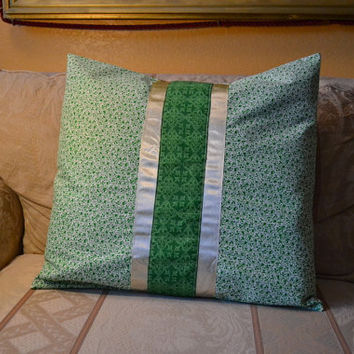20 x 20 inch Green Celtic Floral Satin Ribbon Pillow Cover, decorative lounge throw pillow home decor Saint Patrick's Day gift Christmas