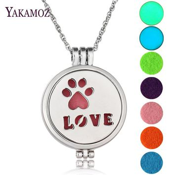 Maxi Animal Footprints LOVE Aromatherapy Diffuser Locket Pendant Perfume Necklace Felt Pads Luminous Pads Glowing In The Dark
