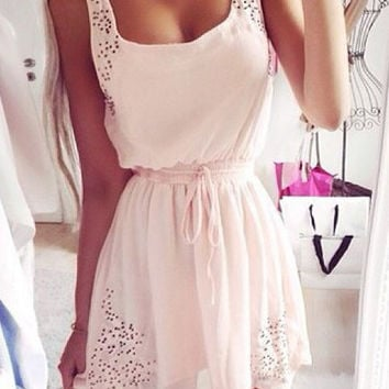 White Sleeveless Lace Shirtwaist Pleated Mini Dress