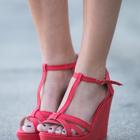 The Piper Wedge, Dark Coral