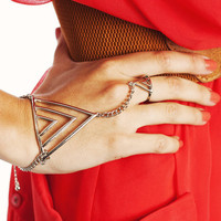 cut-out-triangle-hand-bracelet GOLD - GoJane.com