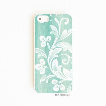 iPhone 5/ iPhone 5S Case Wood Grain Floral by onyourcasestore