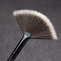Slim Fan Shape Powder Concealor Blending Finishing Highlighter Highlighting Makeup Brush Nail Art Brush for Makeup