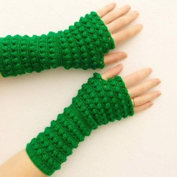 PDF crochet pattern  fingerless gloves mittens arm by Lasunka