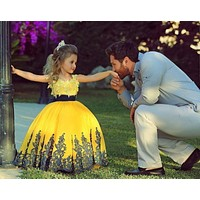 2017 Cute Bright Yellow Ball Gown lace Appliques Flower Girl Dresses floor length toddler Girls Pageant Dress