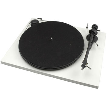 Pro-Ject: Essential II Turntable - White