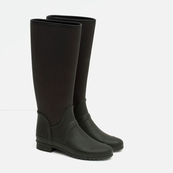COMBINATION WELLIES