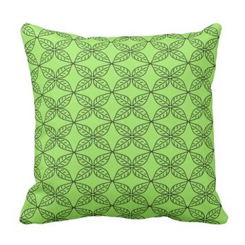 Stylish Green Leaf Pattern Throw Pillow