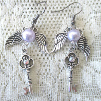 Sailor Moon Earrings - Sailor SATURN key & wing earrings - Sailor Scout Gear