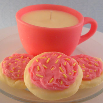 Tea Cup and Cookies Candle Gift Set Mothers Day Gift Home Decor Pink Lemonade Scented