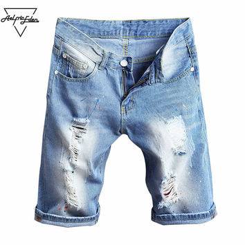 Summer Men Straight Denim Shorts Slim Knee Length Hole Do Old Style Shorts Man Beach Casual Multi-code Jean Shorts