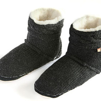 Men's Cable Knit Slipper Boots