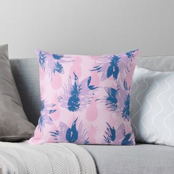 'Hawaiian Pineapple Tropical Beach Pattern' Throw Pillow by oursunnycdays