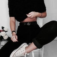 girl, fashion och outfit bild på We Heart It