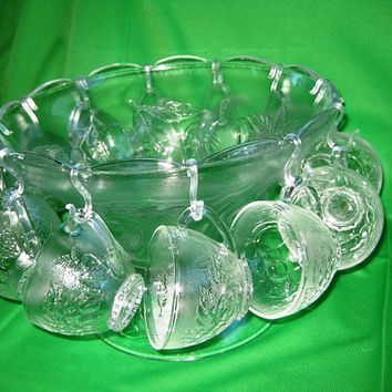 Punch Bowl Set Vintage IOB, Formal glass serving bowl, Bounty 12 cup Punch Bowl Set, Near Mint