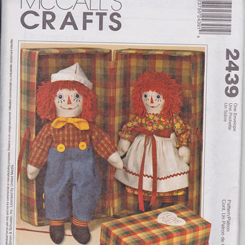 Pattern: Raggedy Ann and Andy  Dolls and Clothes