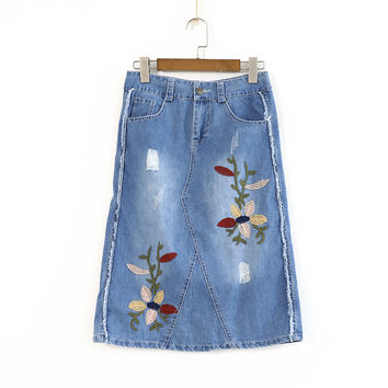 2017 Women Spring Summer Denim Skirts Vintage Embroidery Floral Pattern Lalies A-Line Skirts  Female Casual Knee-Length Skirts