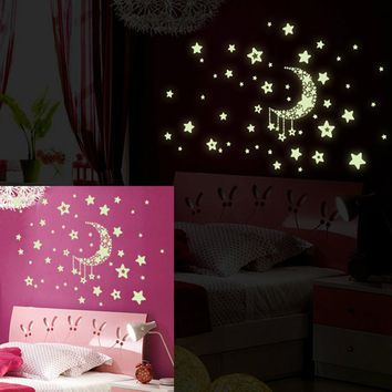 Hot Sale New Design Stars Removable Night Glow in the Dark Luminous wall sticker home decor