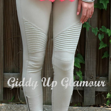 Easy To See Moto Jeggings in Khaki