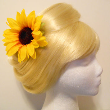 Large Sun Flower Hair Clip, Daisy, Edc, Festival, Rockabilly, Wedding, Flower Girl, Child, Retro, 60s, Photo Prop, Hippie, EDC, Festivals