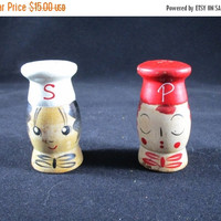 Christmas Sale Wooden Chef Boy Salt and Pepper Shakers (1033)