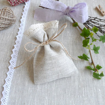 Lace favor bags 30. Small gift bags. Natural linen bags. Lace bags. Linen bags. Burlap mini bags