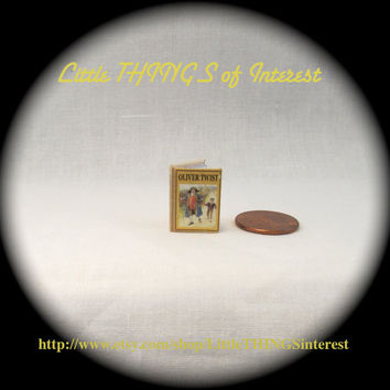 OLIVER TWIST Opening Illustrated Dollhouse Miniature 1:12 Book