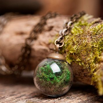 Moss Glass Terrarium Necklace
