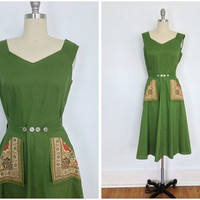 1940s Day Dress / 40s Vintage Wrap Sundress / Olive Green Handkerchief Pockets / Size Small S XS