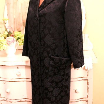 L - XL Black Vintage Coat, 50s 60s Dress, Full Long Swing, Retro Winter Coats, Damask Jacket, 1960 Elegant Evening Coat, EXCELLENT CONDITION