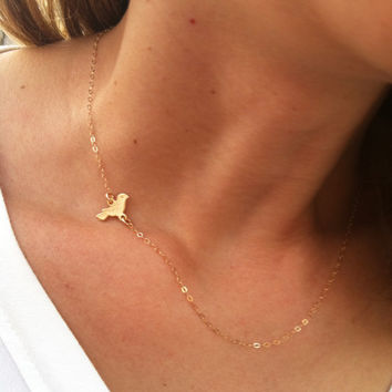 Gold Necklace - Tiny Bird Necklace, little bird charm, Baby shower gift, Delicate gold necklace, Everyday gold jewelry, Mother gold necklace