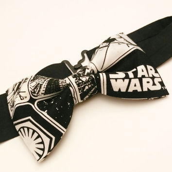 Star Wars Bow Tie • Pre-Tied Bow Tie • The Force Awakens • Geekery Fashion • Sci-Fi Film Bowtie• Star Wars Accessories • Black White Red Tie