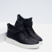 HIGH TOP SNEAKERS WITH INSTEP STRAP
