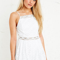Kimchi Blue Cha Cha Lace Playsuit in White - Urban Outfitters