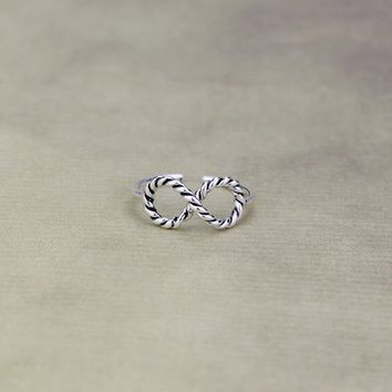 925 Sterling Silver Vintage infinity symbol opening ring ,a perfect gift !