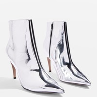 Hot Toddy Pointy Boots - Clothing