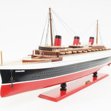 Normandie Painted Large Hancrafted Cruise Ships Models