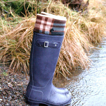 SLUGS Fleece Rain Boot Liners Black with a Burberry by WithTheRain
