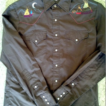 L Rocking Ranchwear Embroidered Western Cowboy Long Sleeve Brown Shirt Dancing Indian with Tepee Pow Wow Powwow Halloween Costume Kennington