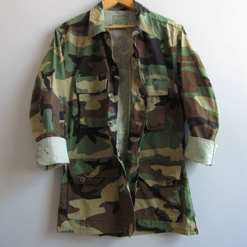 Vtg Army Camo Jacket Shirt Camouflage US Military S Reclaimed Green Small 90s