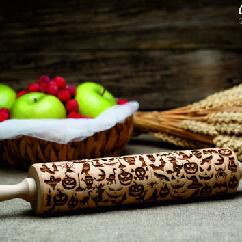 HALLOWEEN embossing Rolling Pin.Laser Engraved Rolling Pin.Halloween decor. Halloween gift. Gift for kids.Wooden gift.Halloween pattern.
