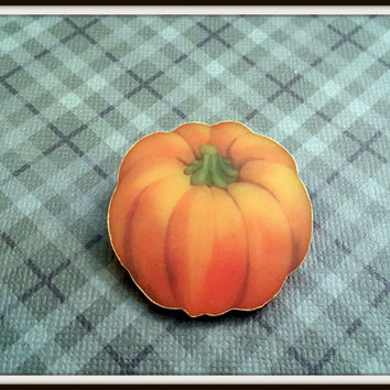 Pumpkin Pin - Pumpkin Brooch - Pumpkin Jewelry - Chunky Pumpkin Pin - Thanksgiving Jewelry - Harvest Jewelry - Gourd - Squash - Orange