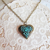 Gothic Necklace Locket Heart Shape LOTR Patina Verdigris Antique Brass Bronze Lord of the Ring Elf Quaint Fairy Tale Winter Wonderland