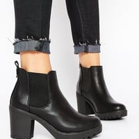 Truffle Collection Tori Platform Heeled Chelsea Boots