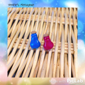 Health and Mana potion handmade polymer clay stud earrings - Geek Gamer jewelry fan art