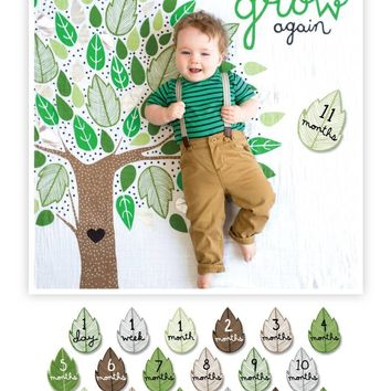 Growing Tree  - Baby's First Year Milestone Swaddle & Cards