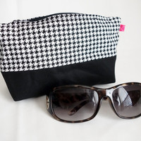 Extra Large Houndstooth Sunnies Case or Zip Cosmetic Bag