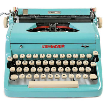 1957 Turquoise Royal Quiet De Luxe Typewriter / Original Case / New Ribbon / Working Typewriter